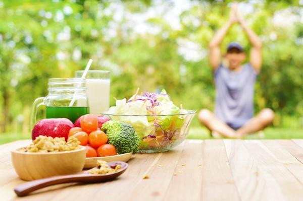 Chế độ dinh dưỡng phù hợp sẽ tăng hiệu quả khi tập Yoga.