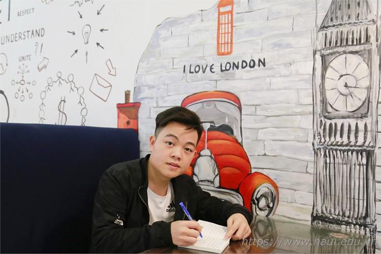 Hy vọng Nguyễn Quang Duy với sự tự tin, khát vọng và nỗ lực vượt khó sớm thực hiện được ước mơ của mình