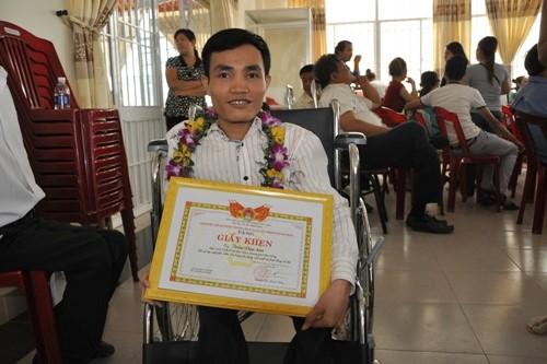 Anh Trần Văn Sơn - Trưởng phòng công nghệ tại Công ty Vinatab