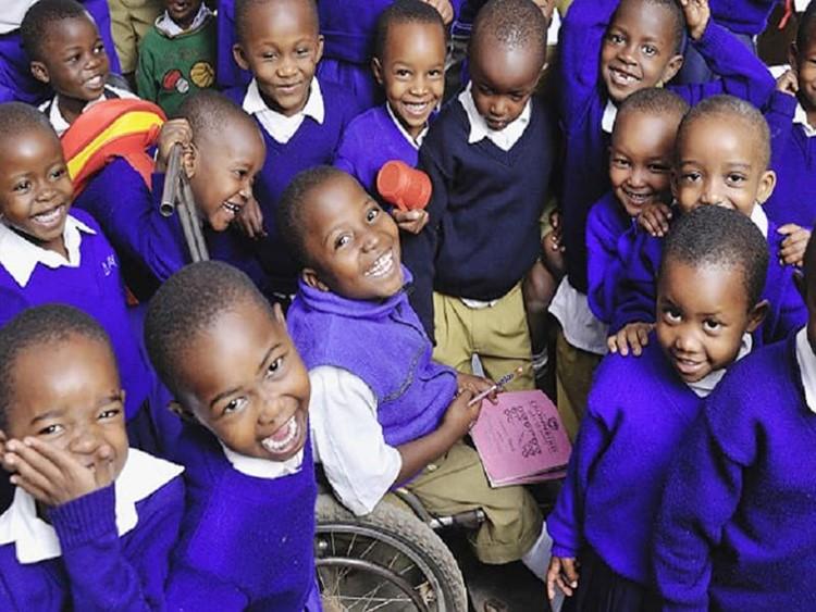 Trẻ em khuyết tật thường ít được đi học hơn những trẻ khác (Ảnh: WHO)